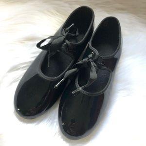 Danskin Now Tap Shoes